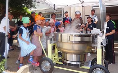 自治体、自治労による学校給食に関するイベント
